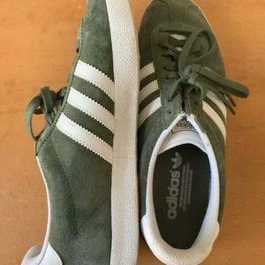adidas Gazelle Sneaker Khaki - Size US W9/M8